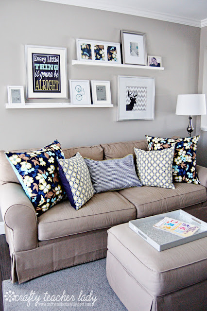 throw-pillows-on-couch