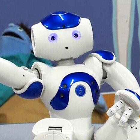 Robot medical assistant: MEDi reduces hospital fear & tears